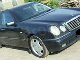 Mercedes-Benz E-класс, 1999, бу с пробегом 374900 км.